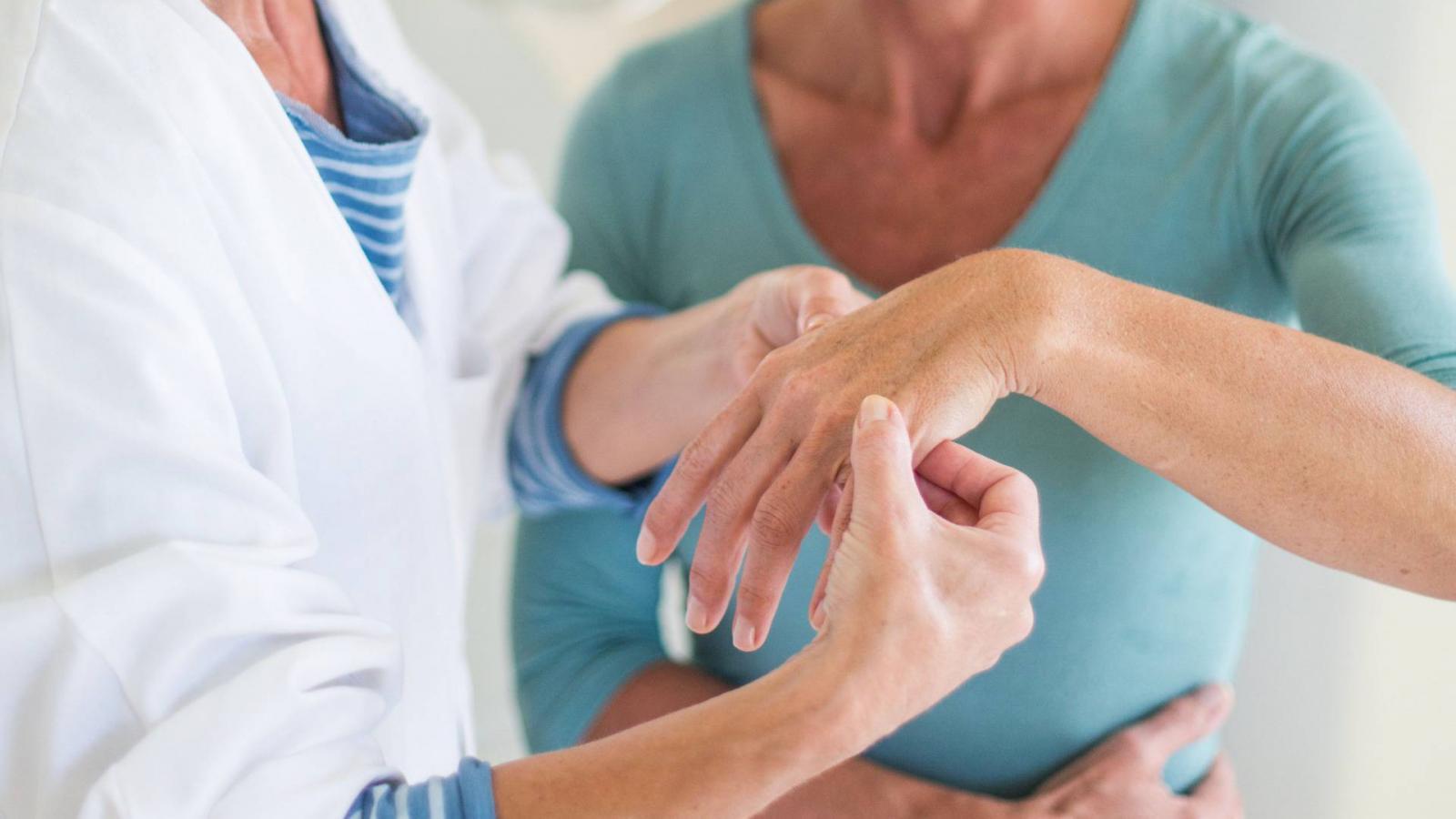 térdízületi kezelés norbekov szerint vállfájdalommal járom