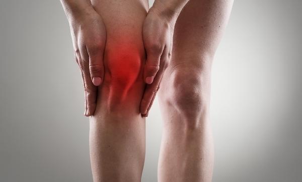 hogyan lehet enyhíteni a fájdalmat a térd osteoarthrosisával fájó váll az ízület alatt