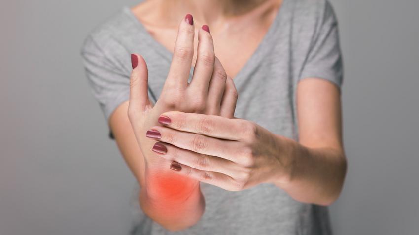 ízületi mozgások rheumatoid arthritisben a könyökízület fáj, folyadék van
