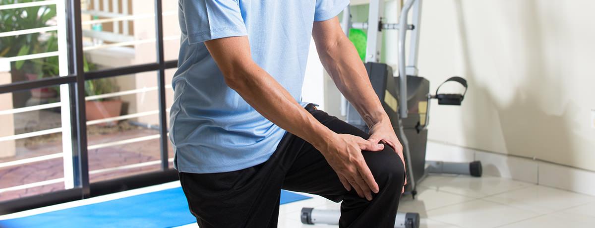 az ízület fáj nem hajlik csípő dysplasia kezelés 2 év
