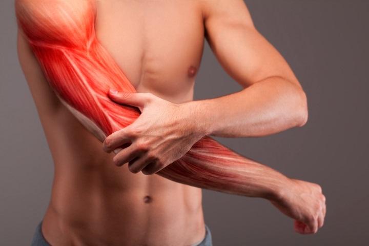 csontok és ízületek sérüléseinek komplikációi éles fájdalom és ropogás a térdízületben