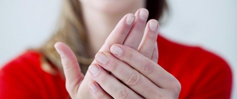 Ízületi gyulladásom van? - a reumatoid artritiszről   halasszallo.hu