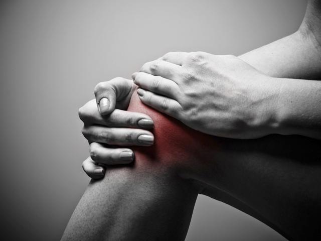 csonttörések és ízületi károsodások ízület és fájdalom az ízületben