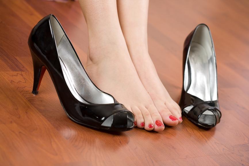 fájdalom a lábak ízületeiben szülés után comb ízületi fájdalom