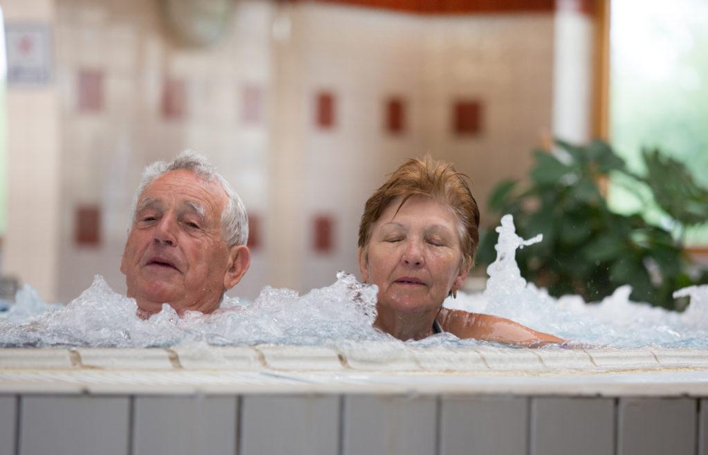 térd artrózisának gyógyfürdő kezelése