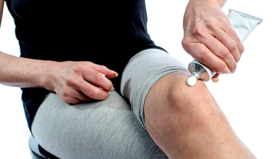 térdfájdalom kattintással ízületi fájdalom hidegen