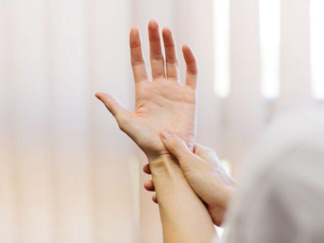 ízületi fájdalom a hüvelykujjon, mit kell tenni