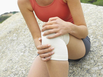 a könyökízület fájdalmának gyógyszeres kezelése
