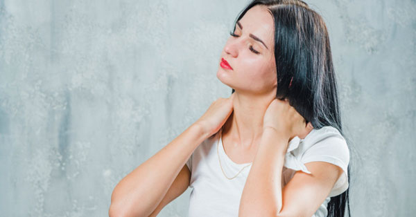 fáj a karok és a nyak a gyűrűs ujjak ízületi fájdalmai