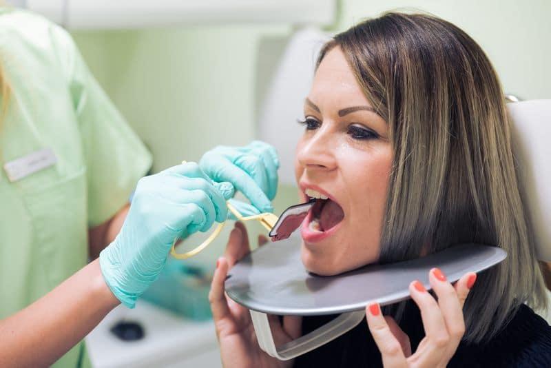 Miért fájhat fogtömés után a fogam?